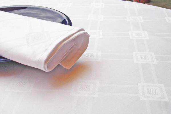Damast-Serviette Milara, weiß, mit elegantem Muster, 50x50