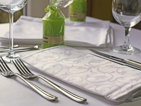 18 Damast-Servietten Sila, weiß, mit floralem Muster, 50x50