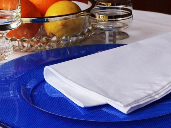12 Stoffservietten Klara, weiß, ohne Muster, 50x50